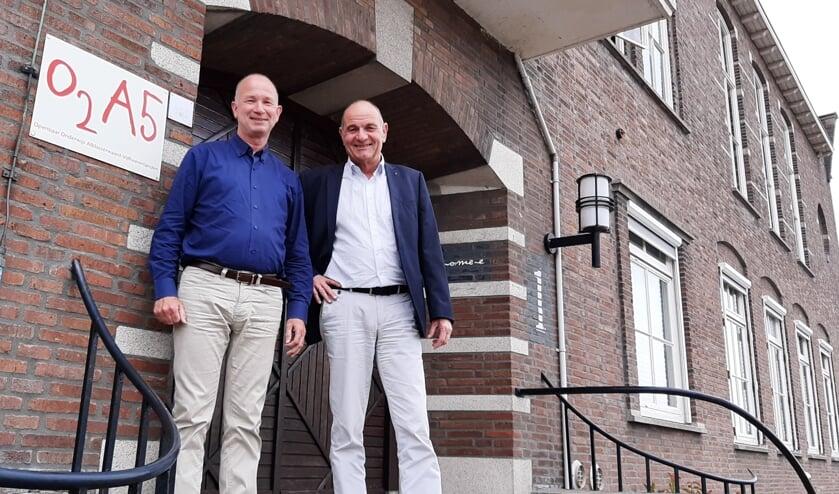 1 Bert van der Lee (rechts) en Jan Vermeulen.