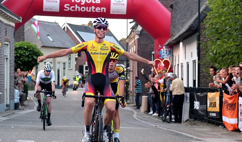 • Jarri Stravers won de Ronde van Noordeloos in 2017.