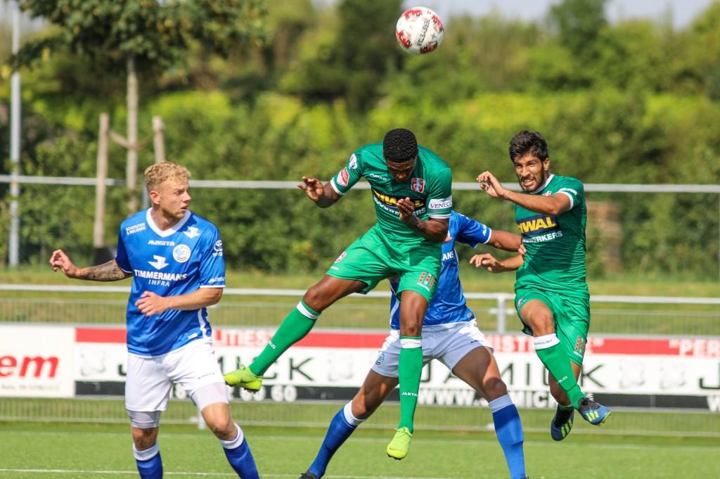 • FC Den Bosch-FC Dordrecht eindigde in Zaltbommel in 0-1. Foto: Rick den Besten  © Bommelerwaard