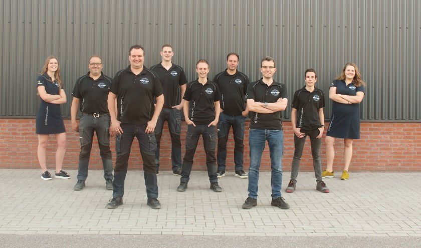 Het verkoopteam van technische groothandel Op 't Hof in Nederhemert.