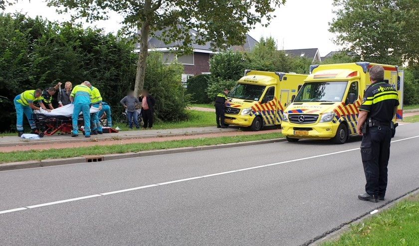 • Ambulancepersoneel nam de zorg over.