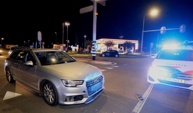 • Vermoedelijk is één van de bestuurders door rood gereden. Foto: Bart Meesters / Meesters Multi Media © Bommelerwaard