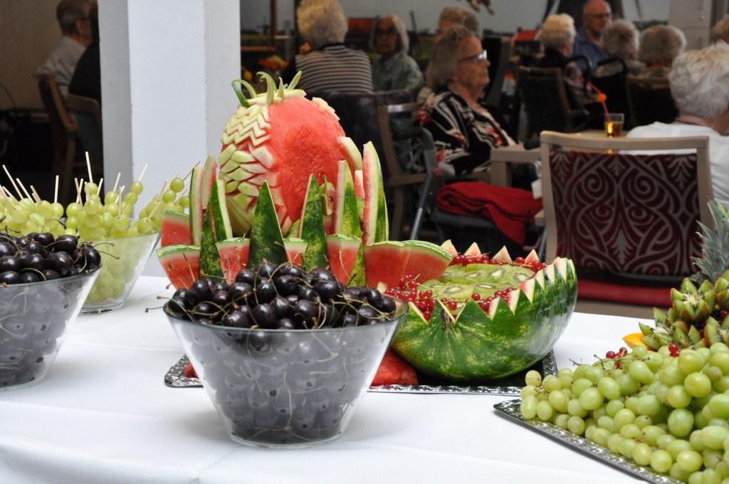 Zomergezelligheid met fruit Foto: L. van Herwijnen © Klaroen