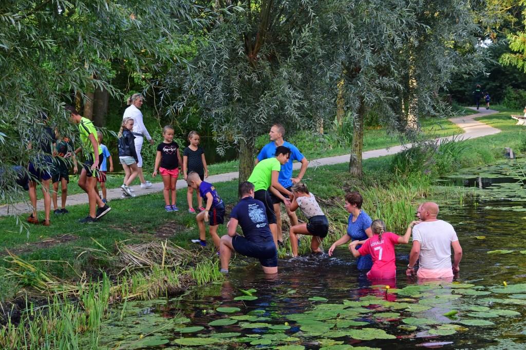 • Tijdens de speelweek in Stolwijk werd er gestreden om de Robinson Speelweek Bokaal. Foto: adri Verhoeven © Krimpenerwaard