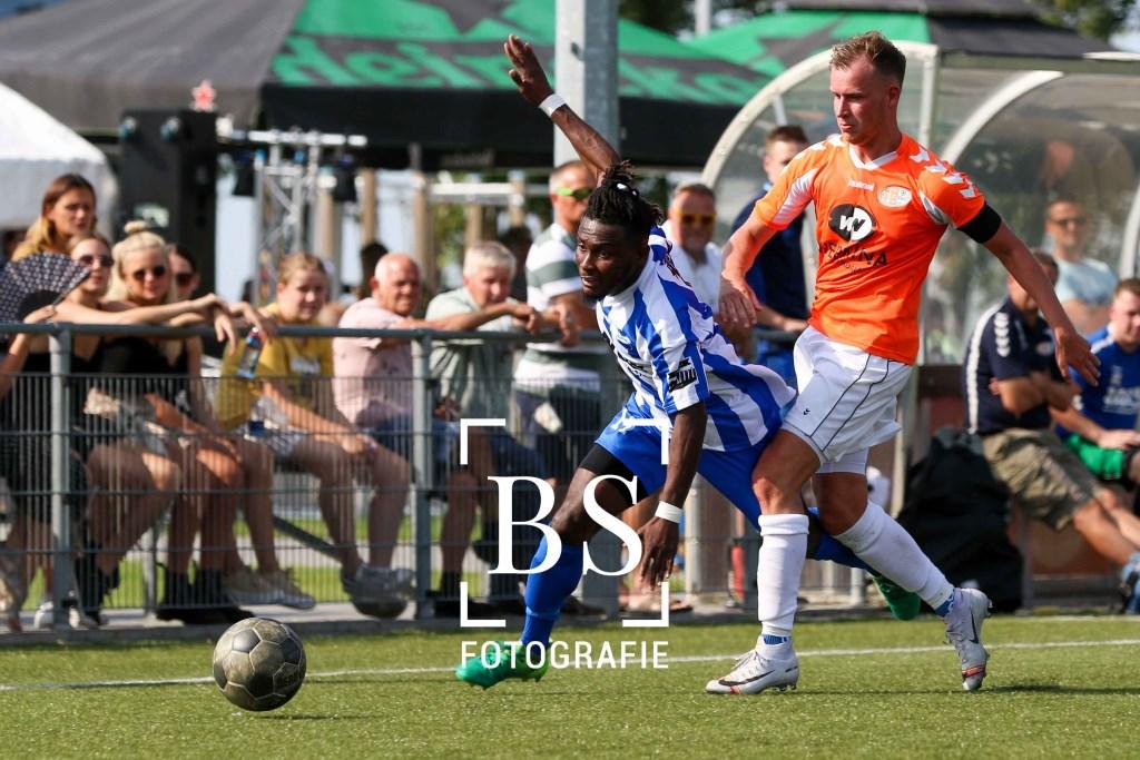• Almkerk - Altena (1-1). Foto: Bart Stoutjesdijk © regiosport