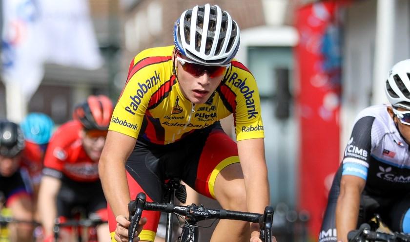 • Delano Swenne in actie tijdens de Ronde van Noordeloos.