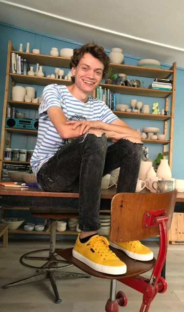 Calder van Andel in zijn atelier.