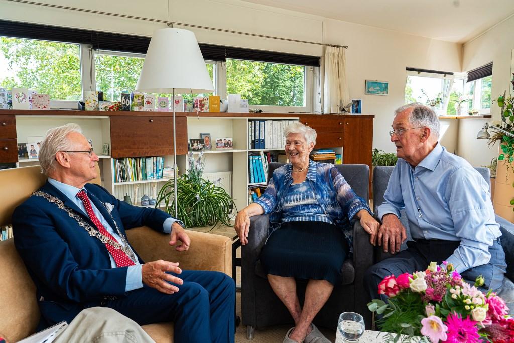 Echtpaar Kruijt-Olieman 60 jaar getrouwd  © Vianen