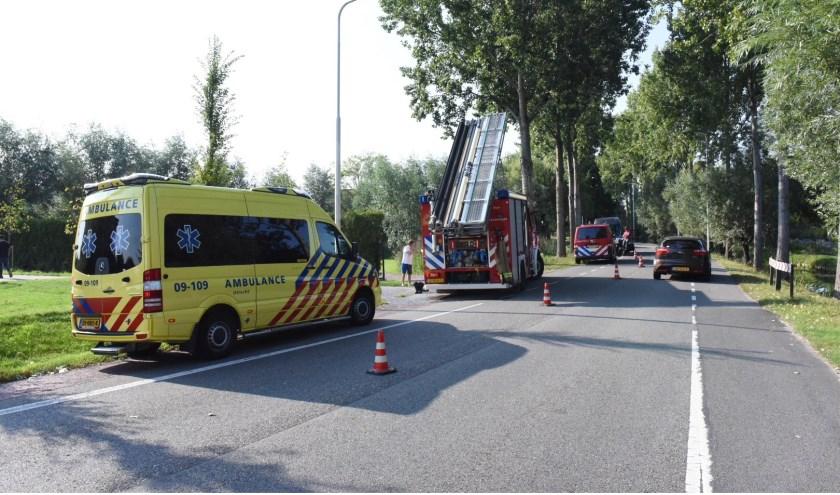 • De brandweer haalde de vrouwen en de fiets uit het water.