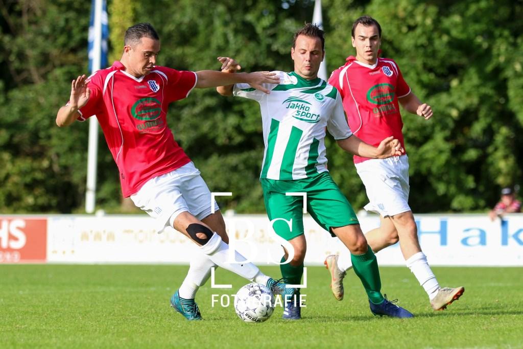 • Woudrichem - Helvoirt (3-3). Bart Stoutjesdijk Fotografie © regiosport