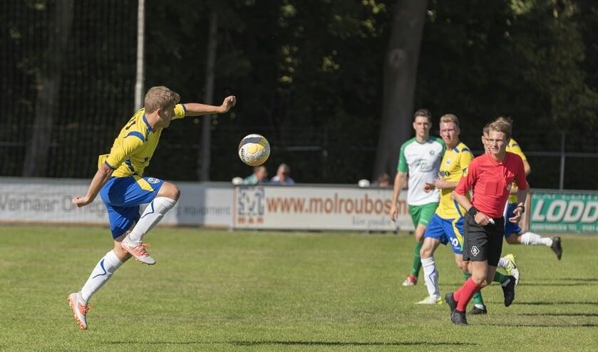• Woudrichem - ASV Arkel (5-0).