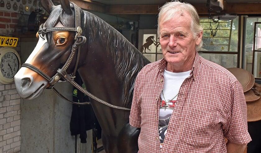 • Jack Baars is al veertig jaar nauw betrokken bij de Paardenmarkt.