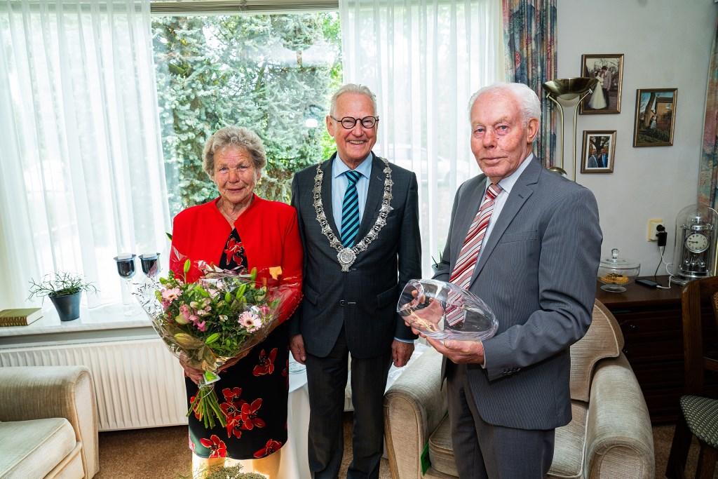 Echtpaar van Eck Van Vulpen 60 jaar getrouwd Foto: Nico Van Ganzewinkel © Vianen