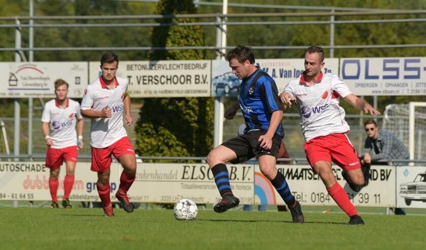 • Hardinxveld - Streefkerk (2-1).