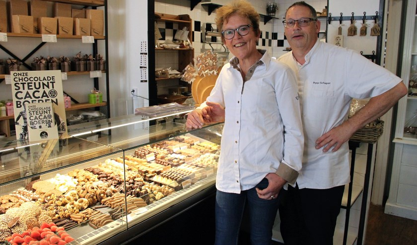 • Marjan en Peter Schaper van chocolaterie-patisserie De Berekuil. .