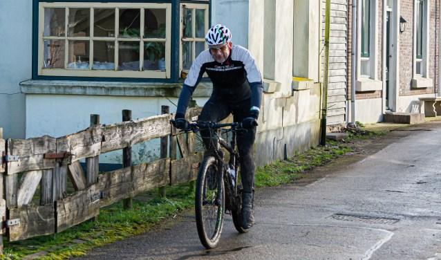 Veldtoertocht Hel van Rhenoy Foto: Nico Van Ganzewinkel © Leerdam