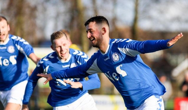 • Schelluinen - SV Meerkerk (2-3). Foto: Rick den Besten - Regio-Voetbal © regiosport