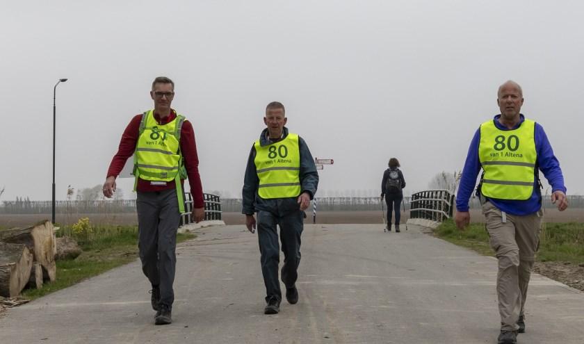 Mensen kunnen bij De Vrijbuiters trainen voor die lange tocht, zoals de 80 van Altena.
