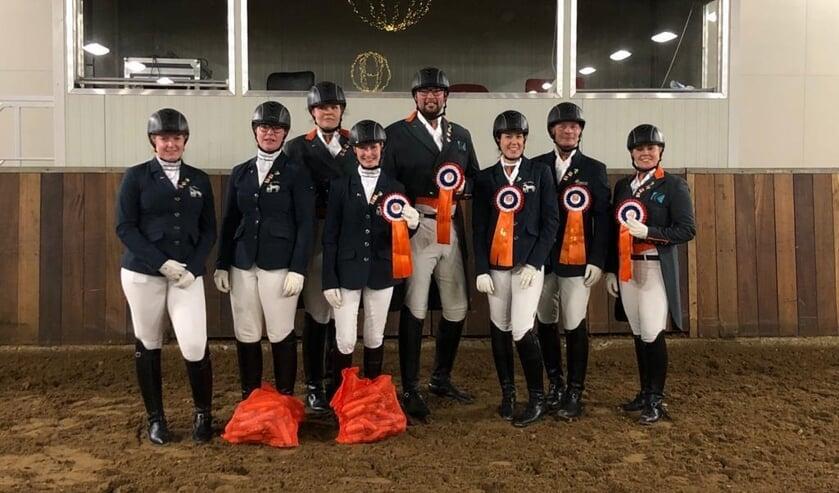 • Team Horses For Heezen.