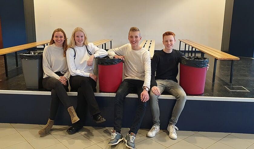 Jelmer van der Neut, Daniël Schermers, Elisa Westein en Hilde Boersma.