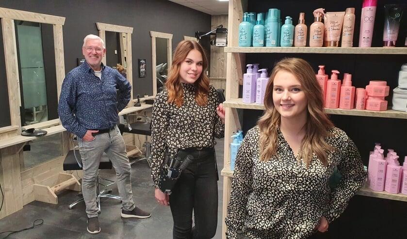 <p>Hairview Schoonhoven: trots op de nieuwe salon.</p>