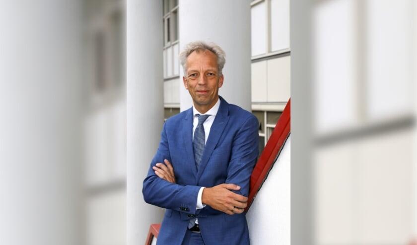 <p>&bull; Vijfheerenlanden-burgemeester Sjors Fr&ouml;hlich.</p>