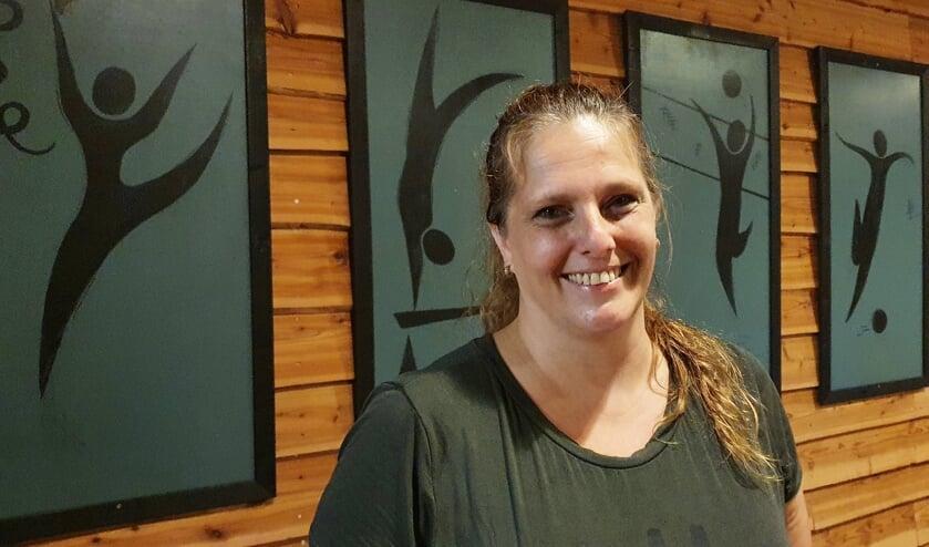 <p>• Sandra Eikelenboom: doorgaan in kleinere groepen.</p>