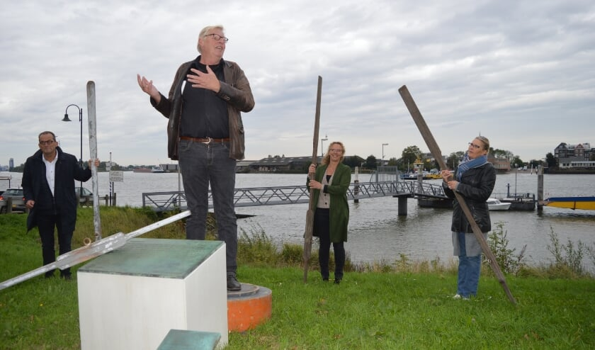 • Johan Quik, Han Koolmees. Nicolette van der Weide en Greetje Heijstek.