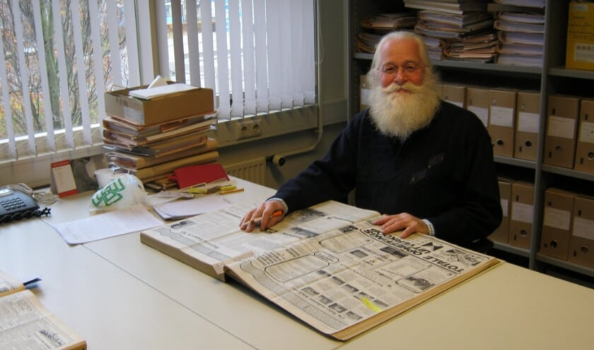 <p>&bull; Paul van Mook, de bekende streekhistoricus uit Gellicum.</p>