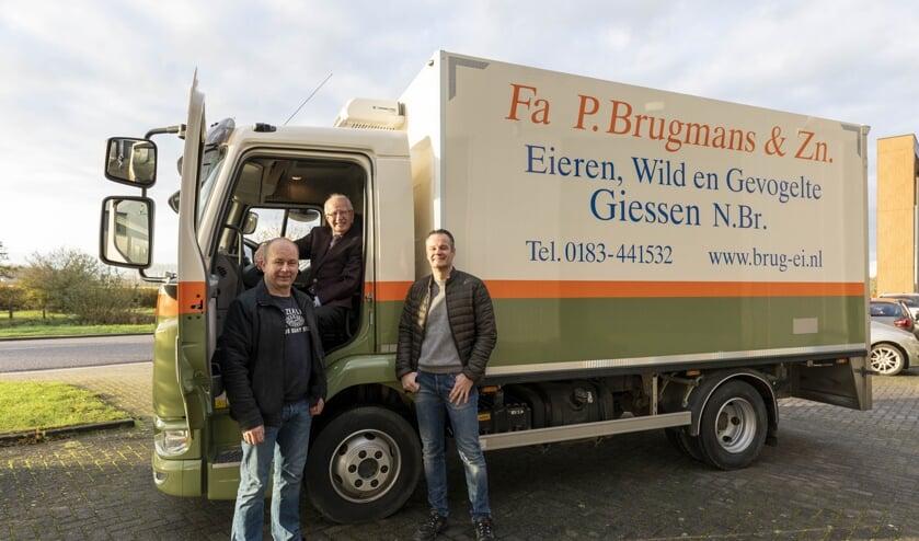 <p>Piet Brugmans, samen met zijn zoons Peter en Arno.</p>