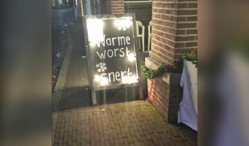• Het bord van de winterkostactie in Nieuwpoort.