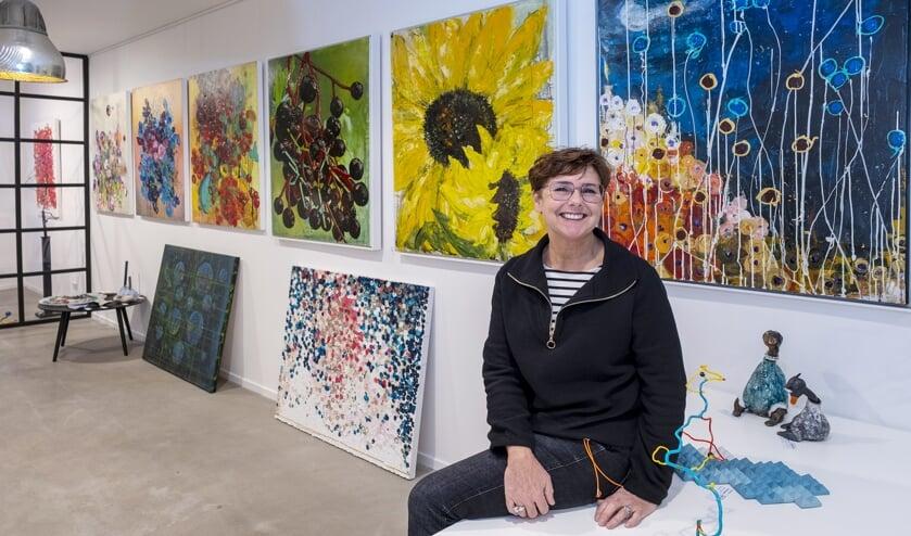 <p>• Anneke Swanink in haar galerie.</p>
