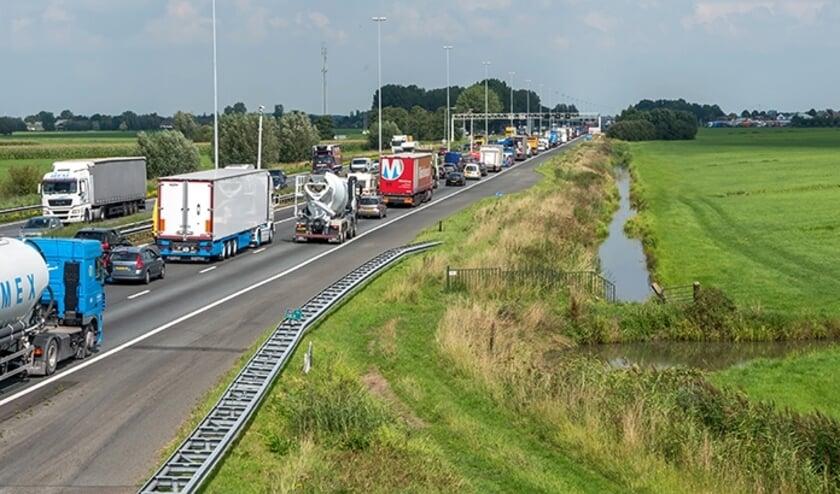 • De A27 voert onder meer door de gemeente Vijfheerenlanden.