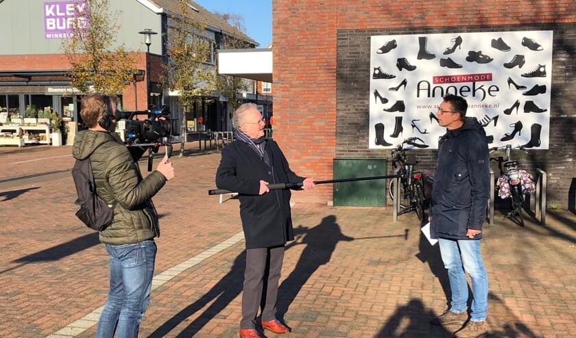"""<p>• De opnames van de film werden onder meer gemaakt op het Kleyburgplein.</p>  """"></p>    <p>• De opnames van de film werden onder meer gemaakt op het Kleyburgplein.(Foto: Aangeleverd)</p>    <h1>Film over Kerstbeleving in Nieuw-Lekkerland</h1>    <p>wo 23 dec 2020, 14:57 <a target="""