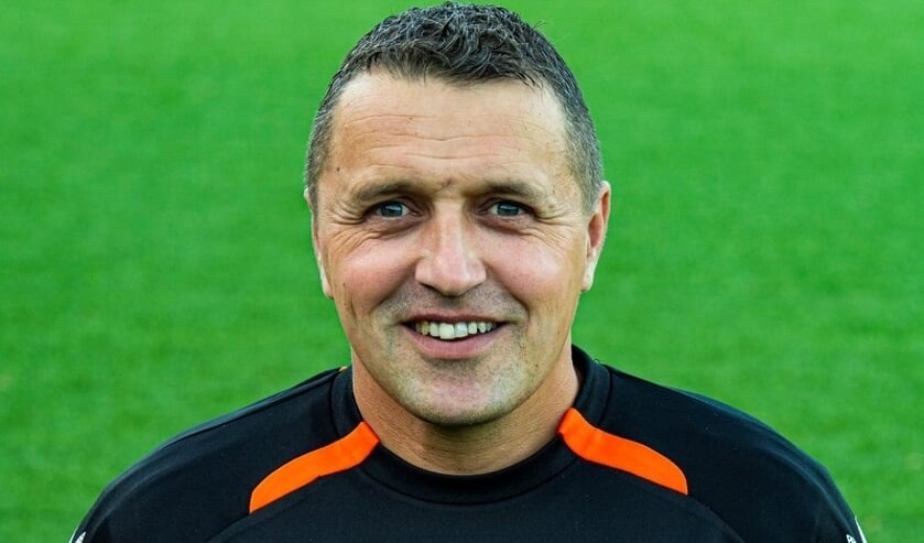 <p>• Sliedrecht-trainer Dennis van der Steen.</p>