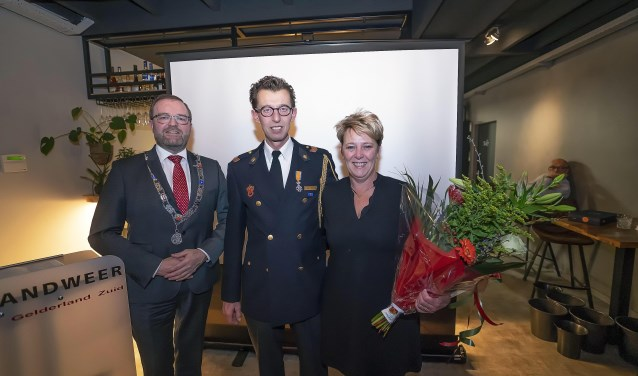 Koninlijk onderscheiding Brandweer Beesd Foto: Nico Van Ganzewinkel © Leerdam