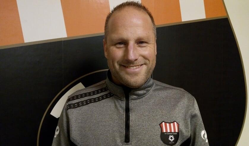 • Randall Neeskens, de toekomstige hoofdtrainer van Groote Lindt.