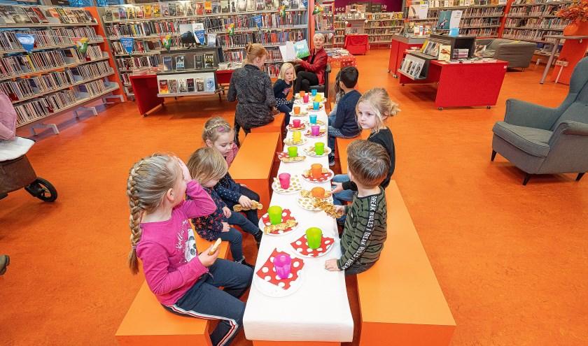 Feestelijk voorlees ontbijt in Bibliotheek Leerdam