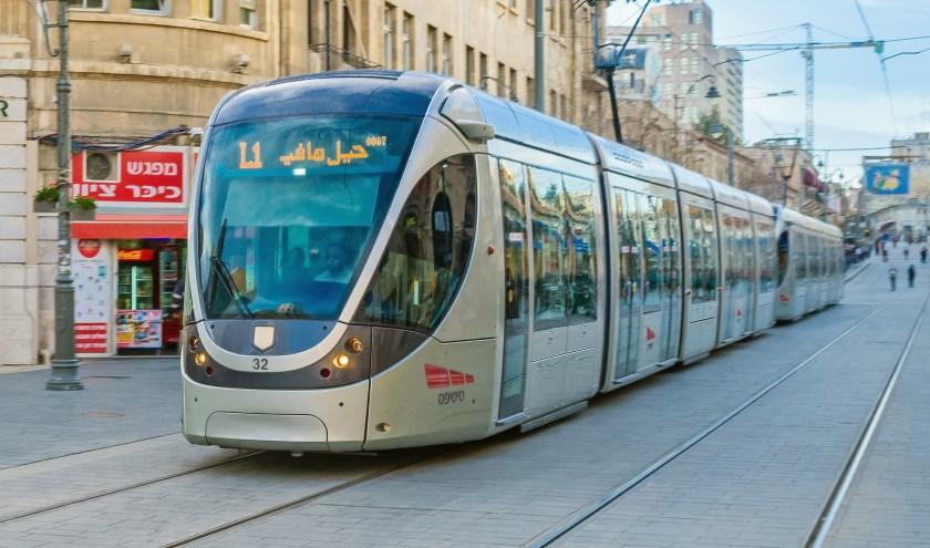 • De Lightrail zoals die in Jeruzalem rijdt.