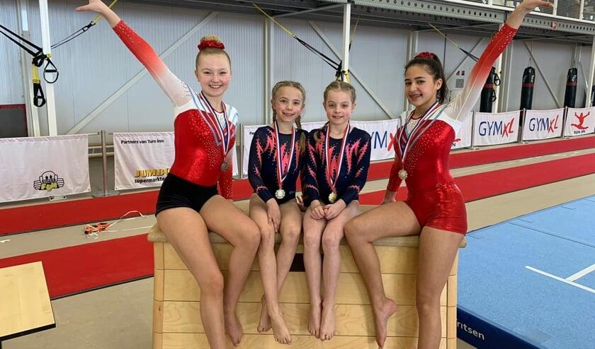 • Vier medaillewinnaars van DOS Vianen.