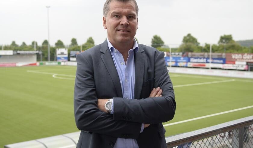 <p>• Kozakken Boys-voorzitter Henk de Goeij.</p>