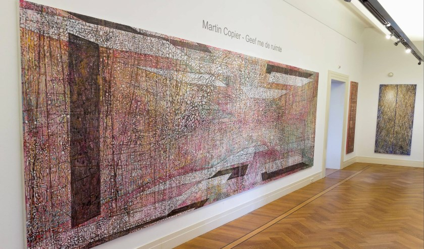Het thema van het werk van kunstenaar Martin Copier is 'Ruimte'.