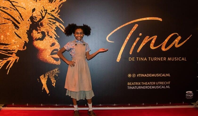 • Mila Kersbergen als kleine Tina Turner.