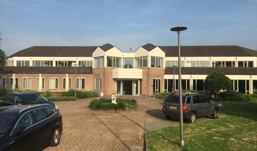 • Het gemeentehuis in Hoornaar zal voor 4,5 ton worden verbouwd.