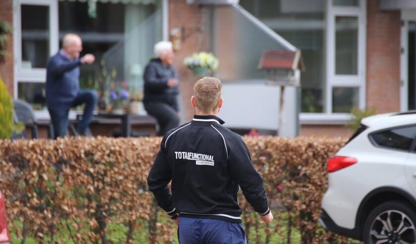 • Nils Heijkoop zet de bewoners van het Marktplein in beweging.