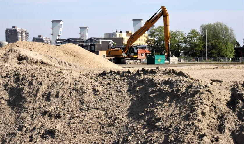 • Dura Vermeer heeft al 1,6 hectare - nagenoeg 30 procent van het voormalige EMK-terrein - bouwrijp gemaakt.