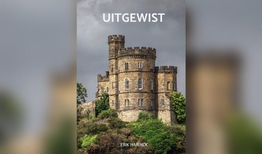 • De cover van het boek Uitgewist.
