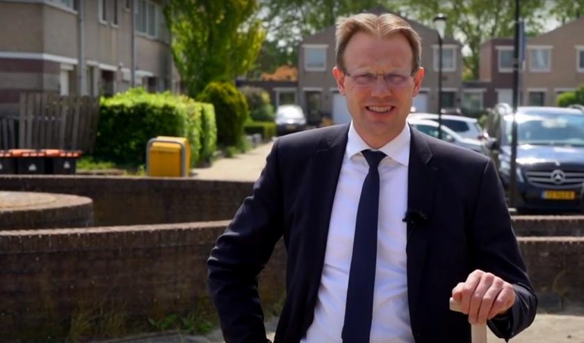 • Wethouder Peter Verheij in de video van de gemeente.