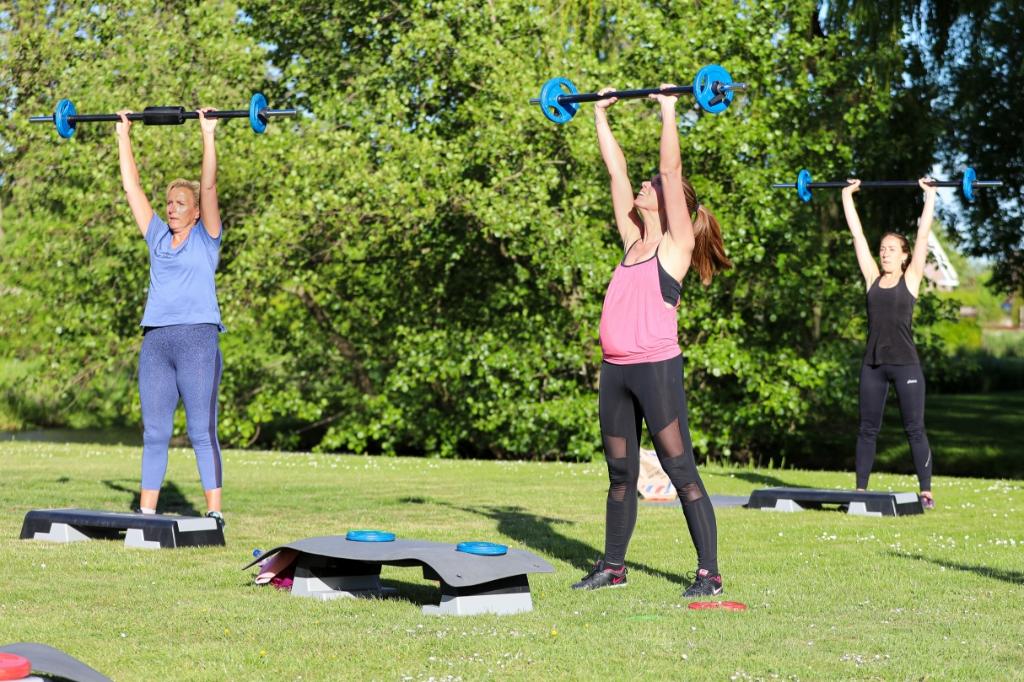 • Ook bij sportcentrum Olympia in Groot-Ammers kan in de buitenlucht worden gesport. Foto: Rick den Besten © Alblasserwaard