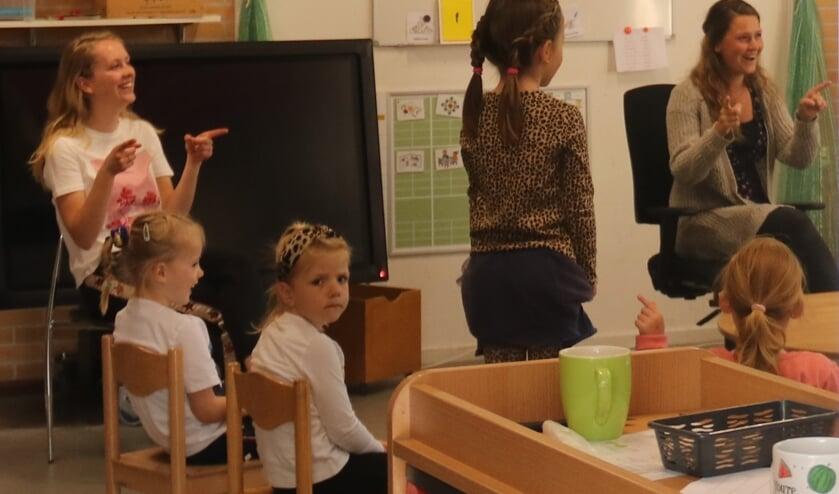 • Het was weer even wennen in de klas.